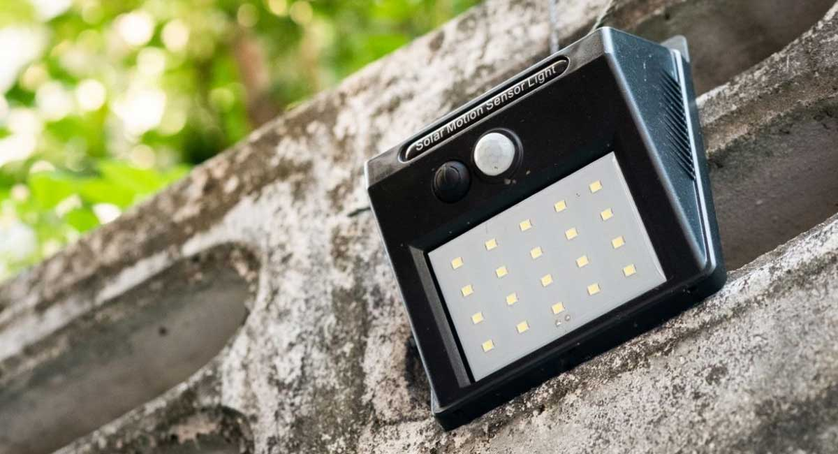 A Complete Buying Guide for Buying Solar Motion Sensor Lights